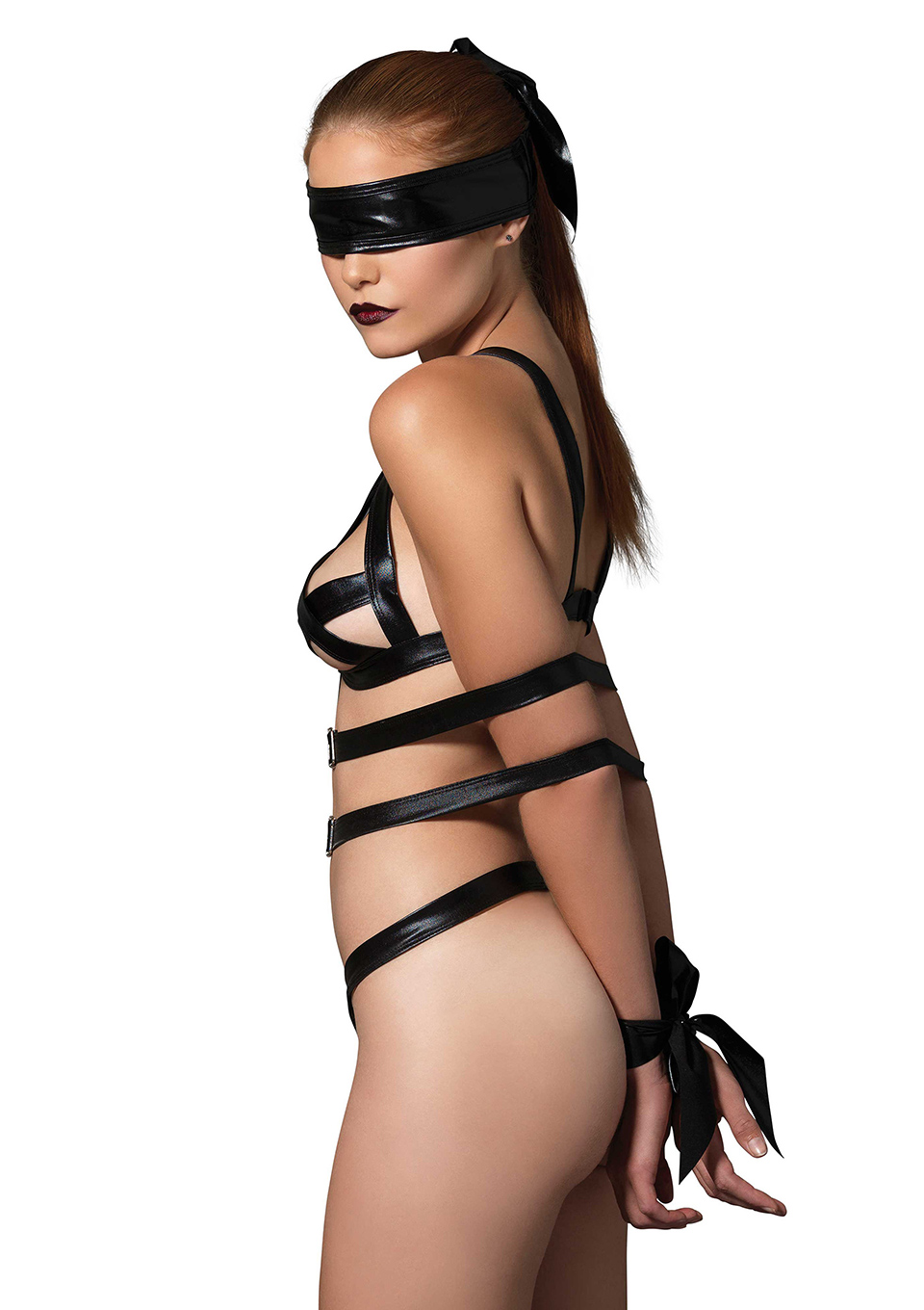 kinky teddy and blindfold by leg avenue wicked rabbit